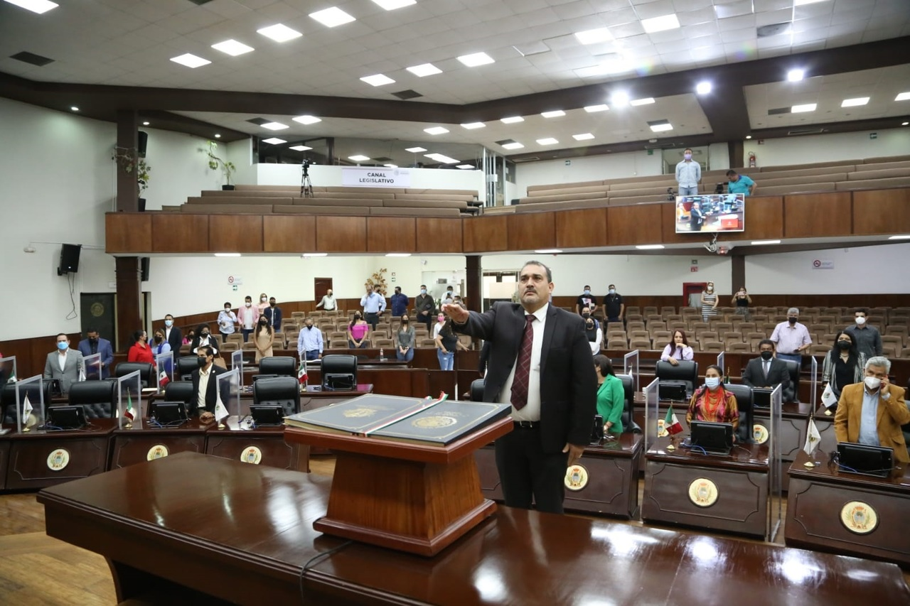 Congreso designa a nuevo Magistrado