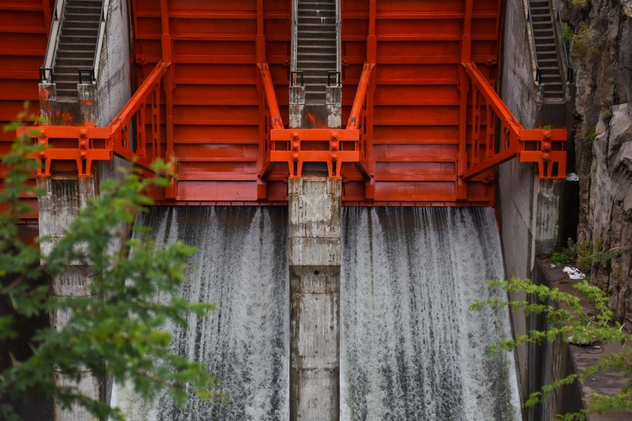 Extraen agua de la presa Guadalupe Victoria, por prevención
