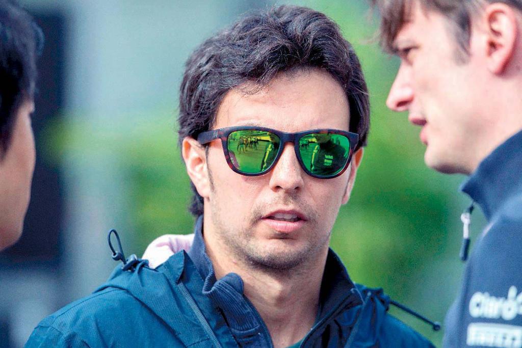 'Checo' Pérez termina en 13avo lugar en segundo ensayo para GP de Gran Bretaña