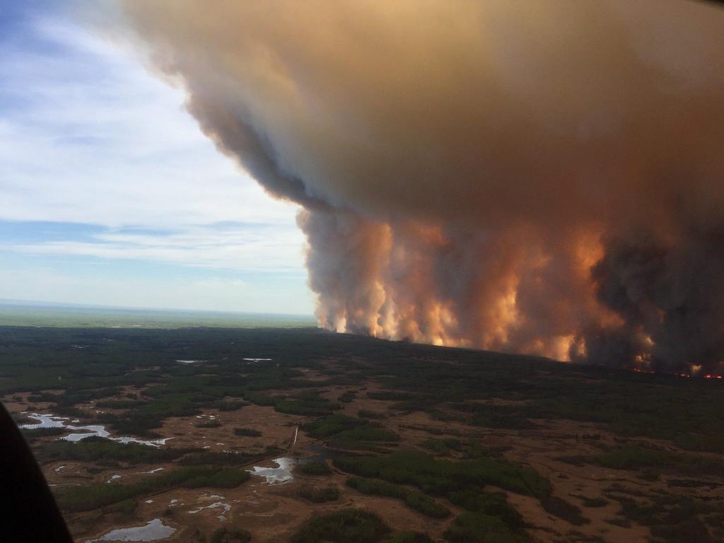 Por cuarta ocasión México envía combatientes para apoyar a Canadá en la supresión de incendios forestales
