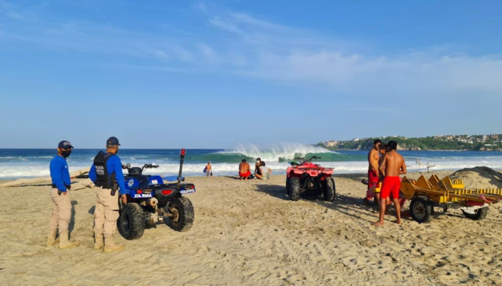 Surfista español muere en la playa Zicatela en Puerto Escondido