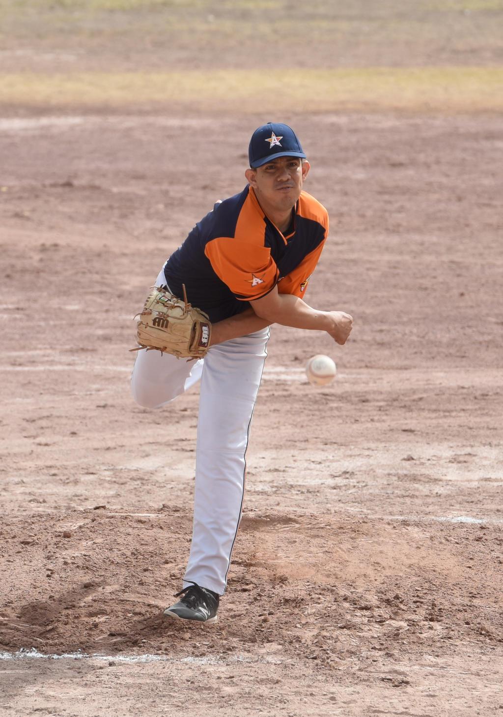 Liga de Beisbol de Empleados y Profesionistas, con jornada interrumpida por la lluvia