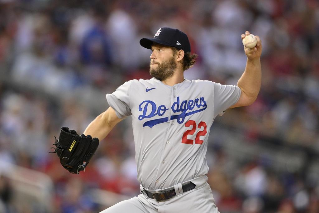 Clayton Kershaw estará ausente de los Dodgers hasta agosto