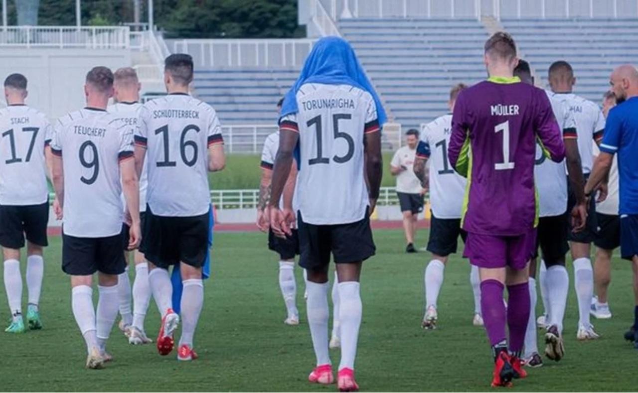 Futbol alemán acusa de racismo a Honduras