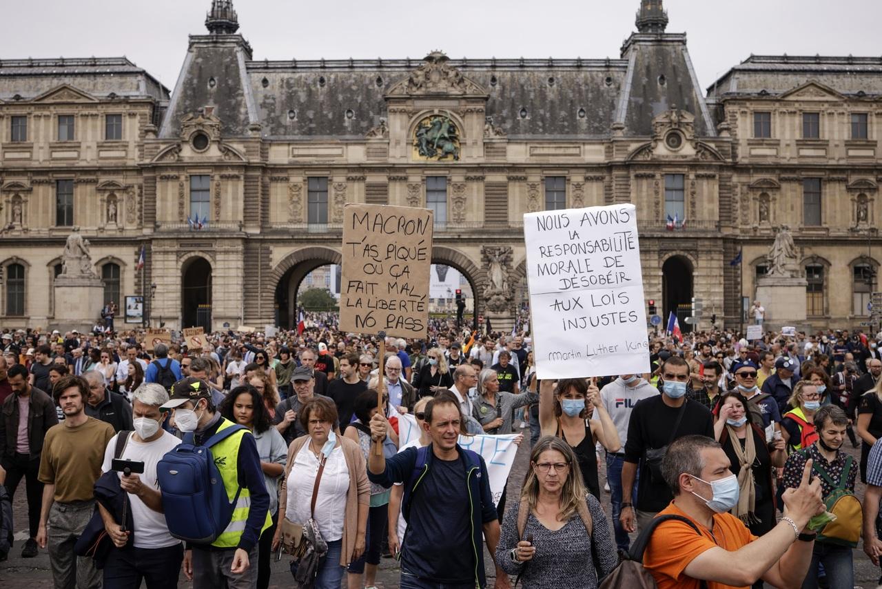 Protestan contra la 'dictadura sanitaria'