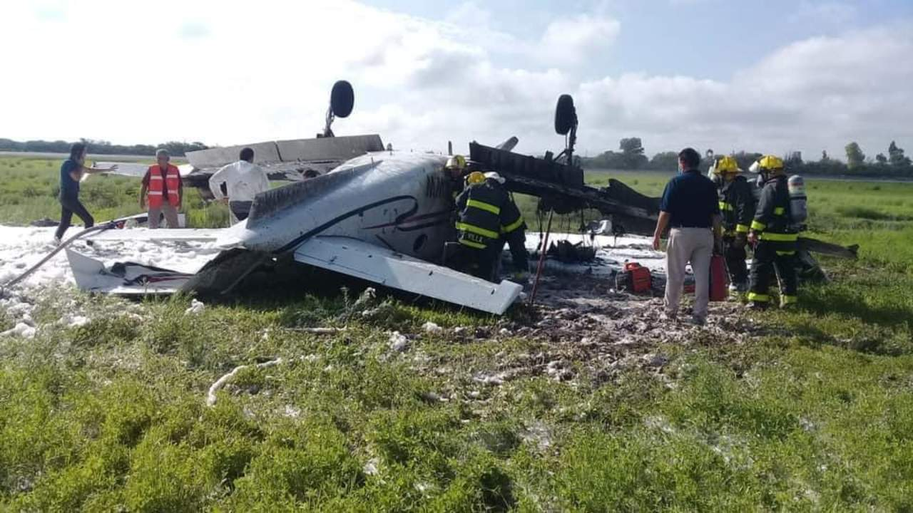 FOTOS: circulan imágenes de avioneta siniestrada en Durango