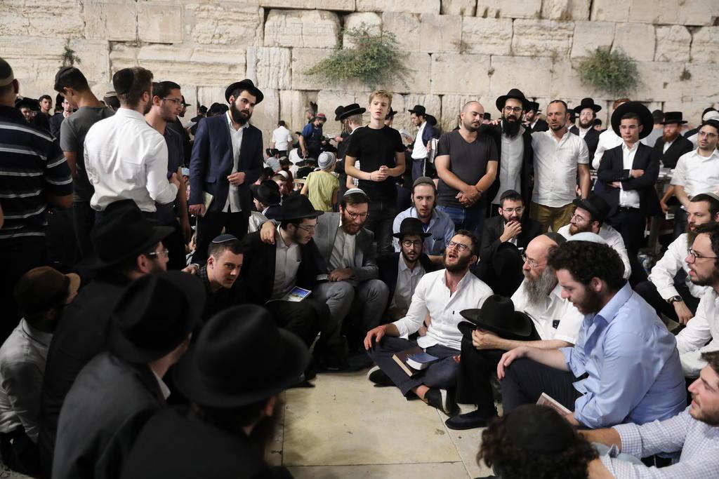 Por una fiesta judía, regresa la tensión entre palestinos y la Policía israelí en Al Aqsa