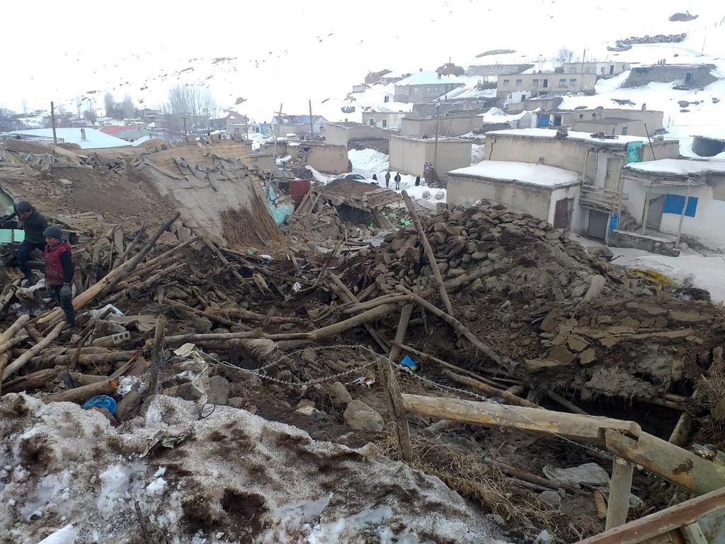 Un sismo de magnitud 5.7 estremece una zona de Irán