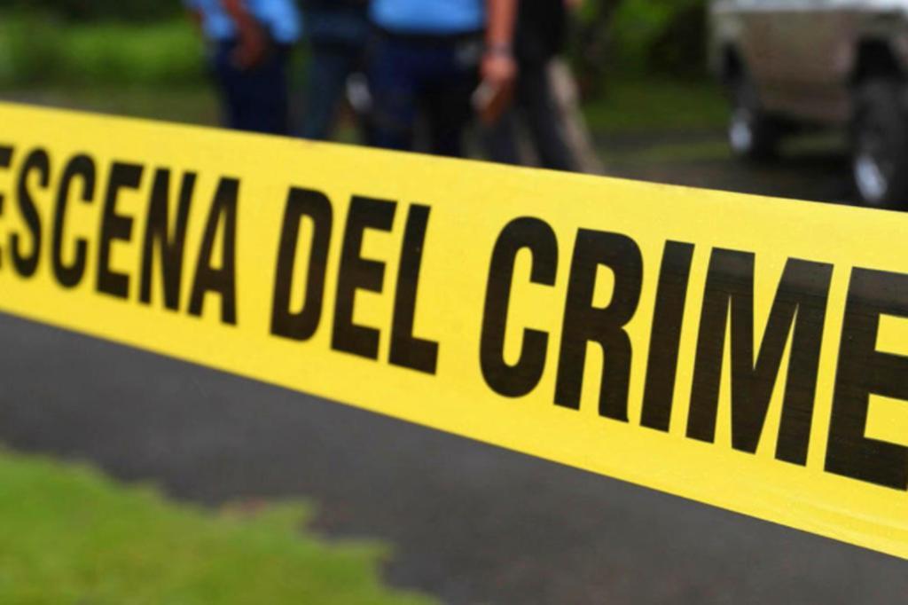 Menor cae de puente peatonal en Gómez Palacio