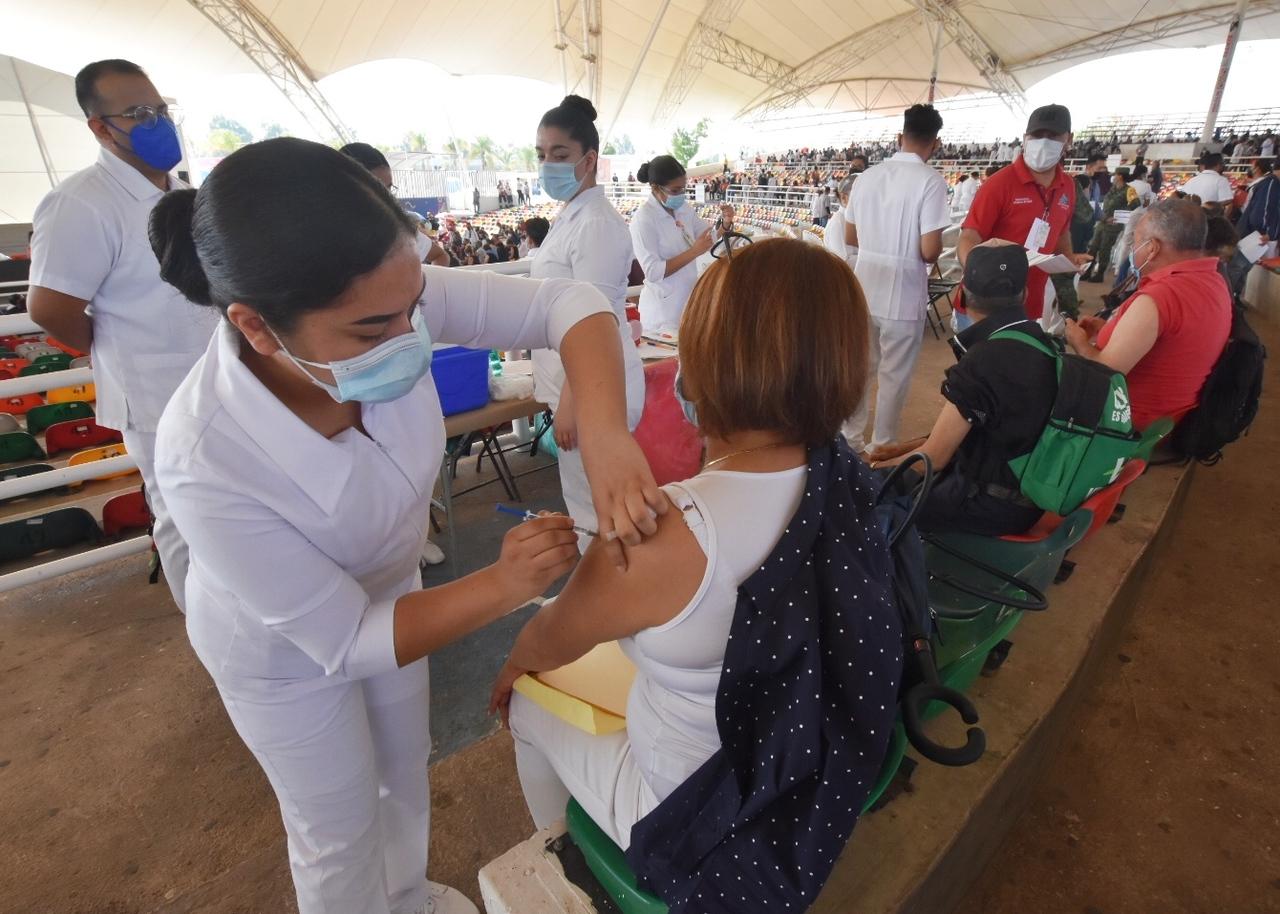 Hoy inicia la vacunación para los de 40 a 49 años