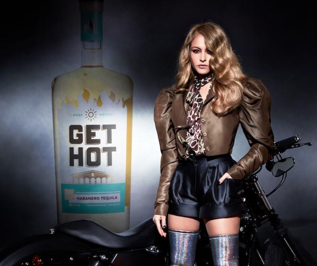 Un tequila con sabor a Paulina Rubio