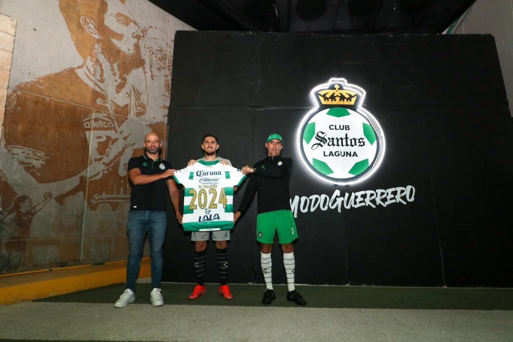 Santos Laguna renueva a Diego Valdés hasta el 2024