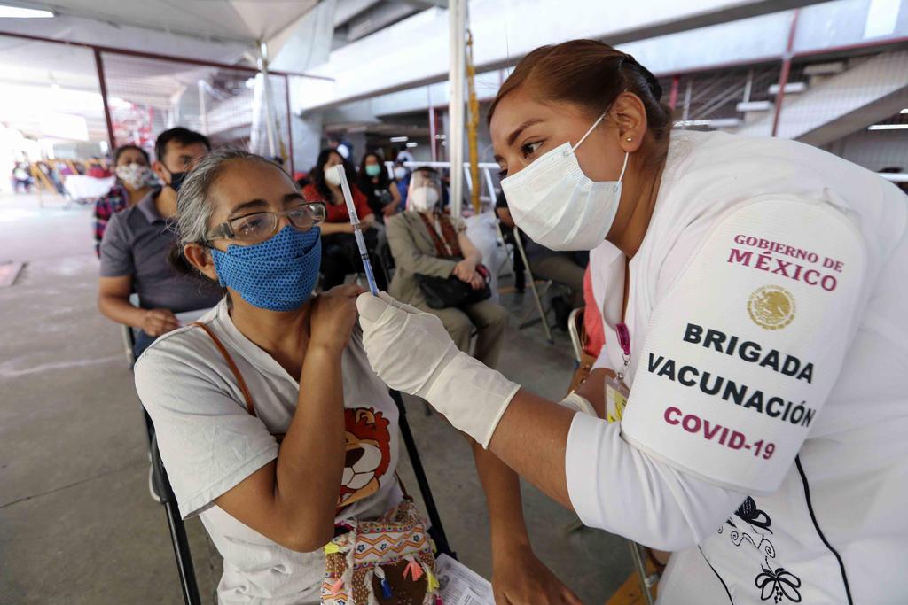 México registra más de 5 mil nuevos contagios a COVID