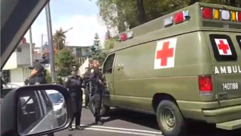 Policías detienen a militares por atropellar a repartidor en CDMX