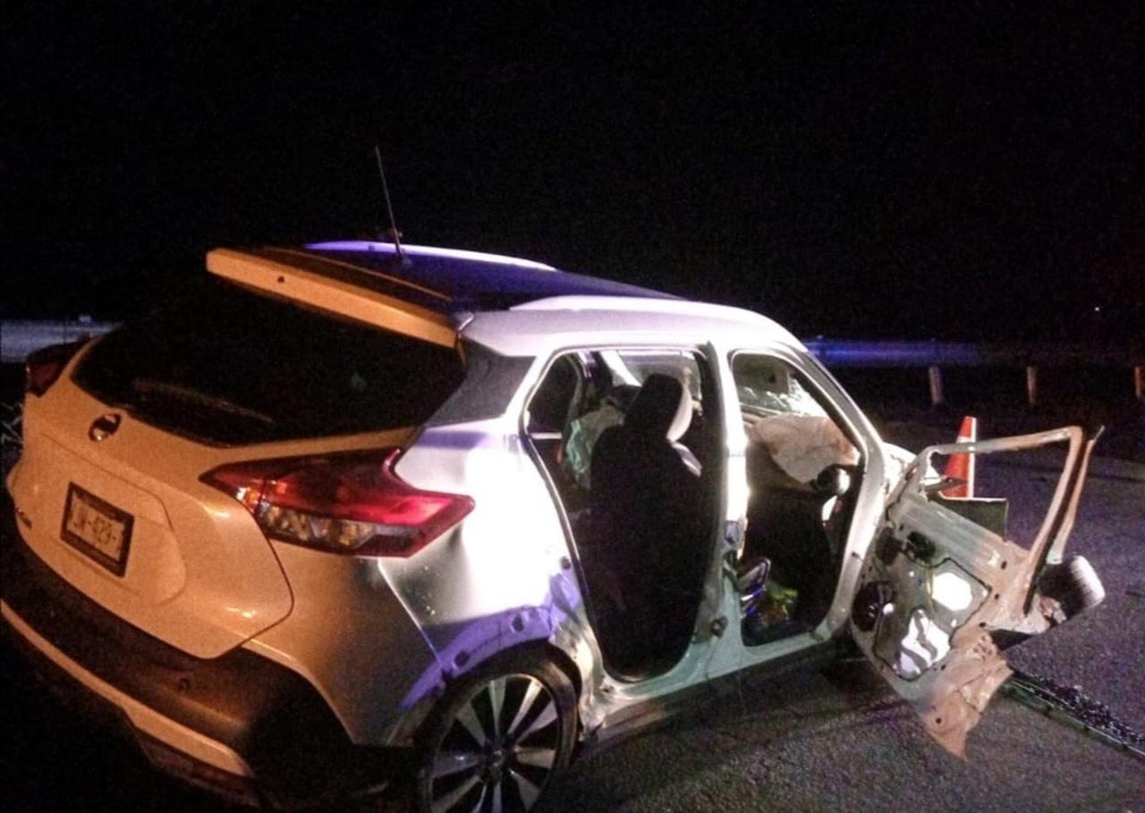 Familia sufre accidente en Aguilera