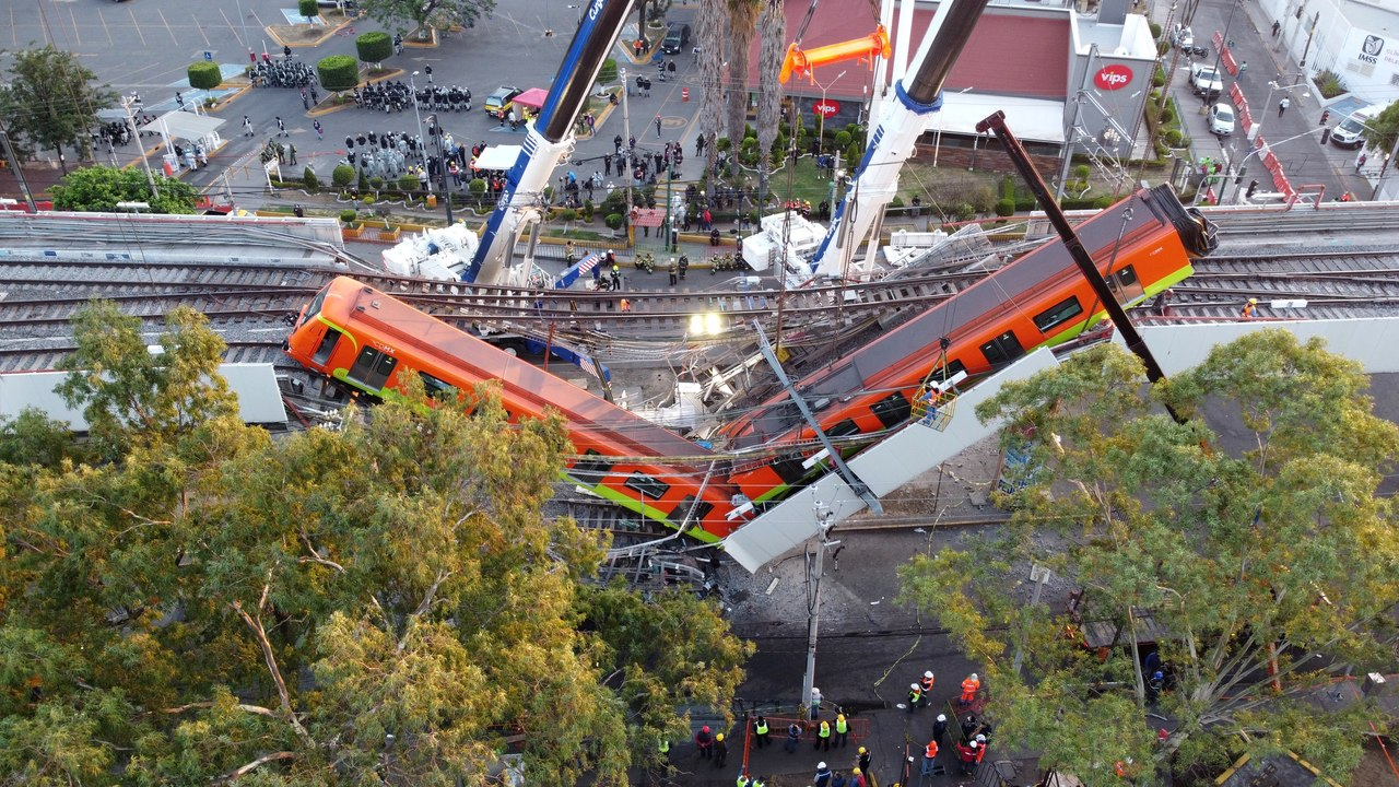 Van por responsables del derrumbe del metro