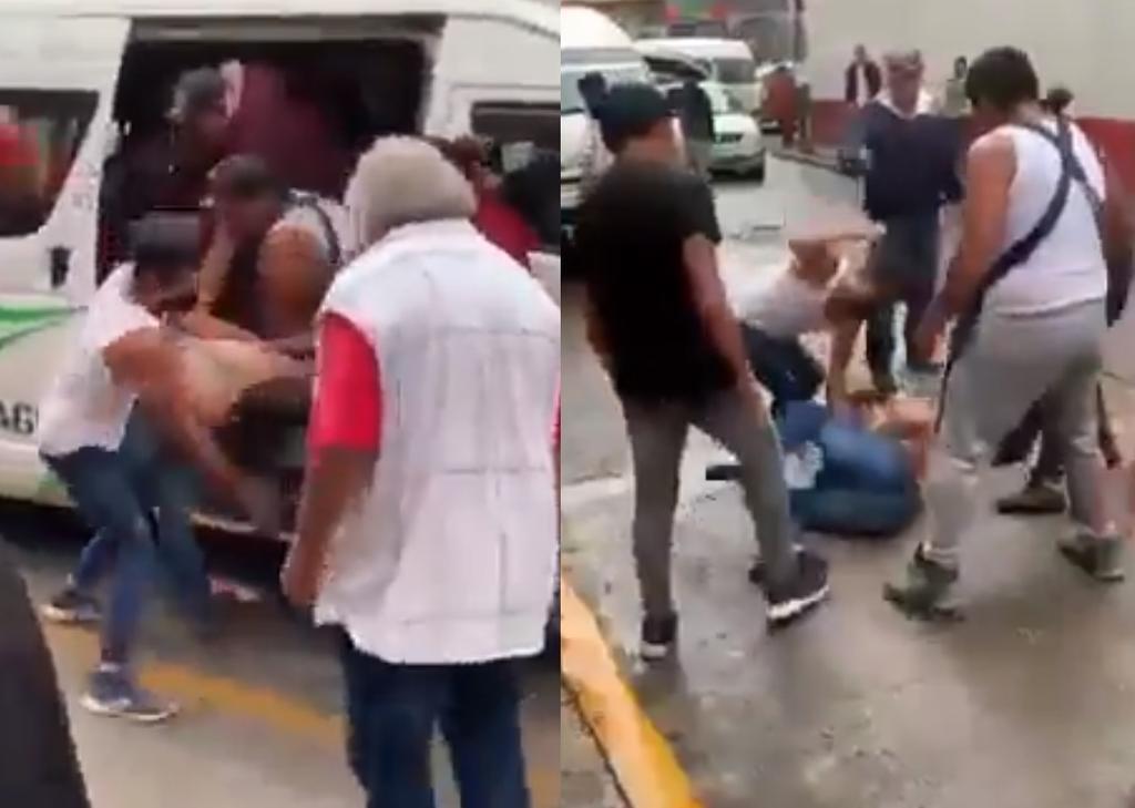 'Ya estuvo'; pasajeros de combi en el Edomex someten a asaltante a golpes