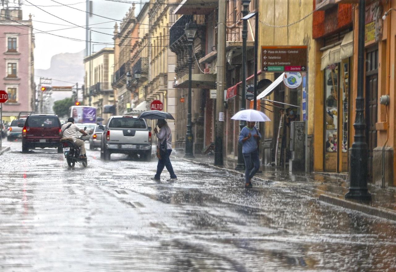 Pronostican lluvias intensas en Durango hoy jueves