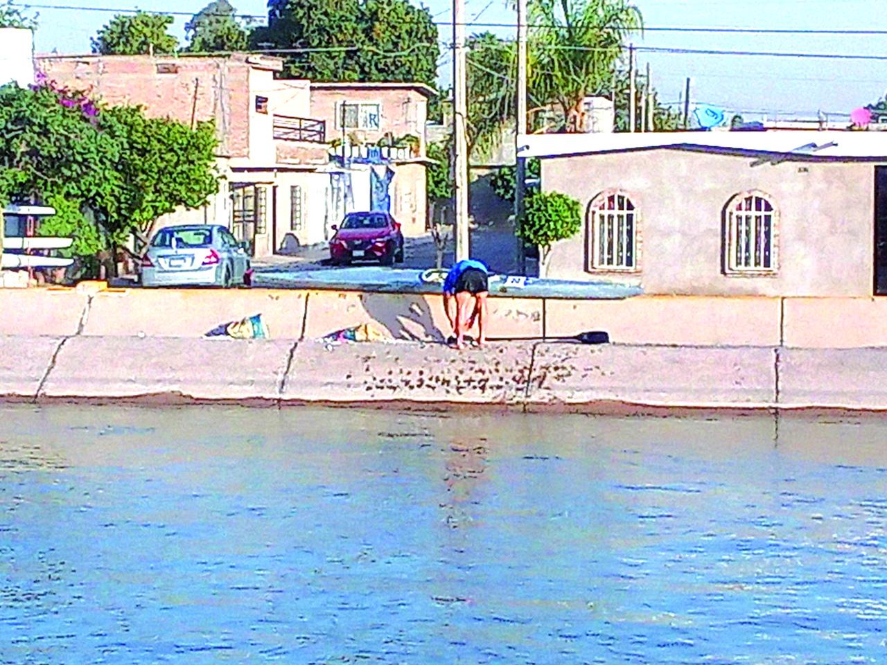 Detectan a canoístas en canal Sacramento