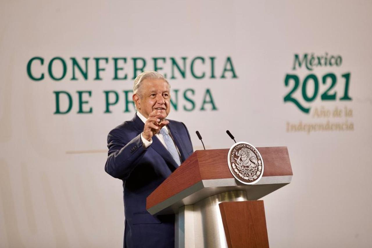 El INE prohíbe a López Obrador hablar de logros