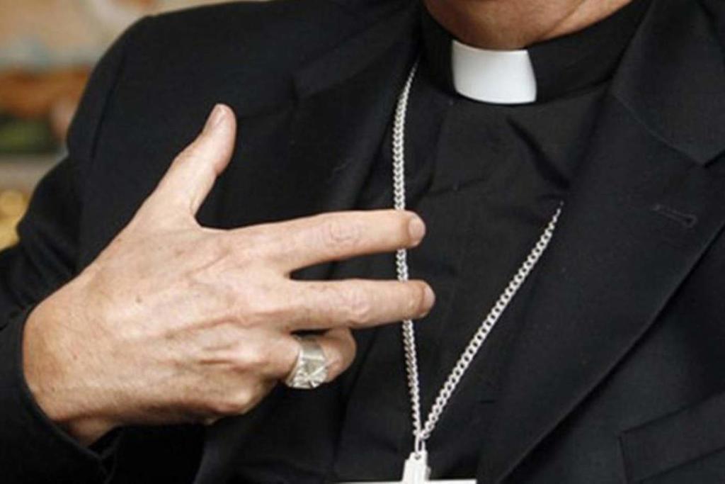 El secretario de la Conferencia de Obispos católicos de Estados Unidos dimite por caso sexual