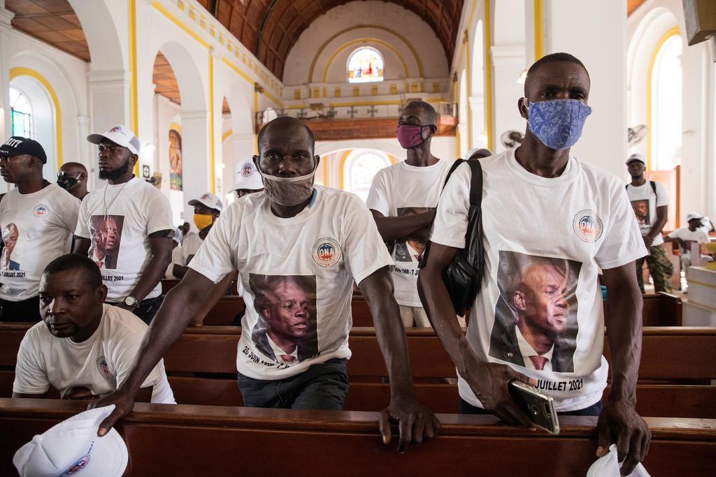 Haití celebra una misa en honor a Jovenel Moise entre protestas