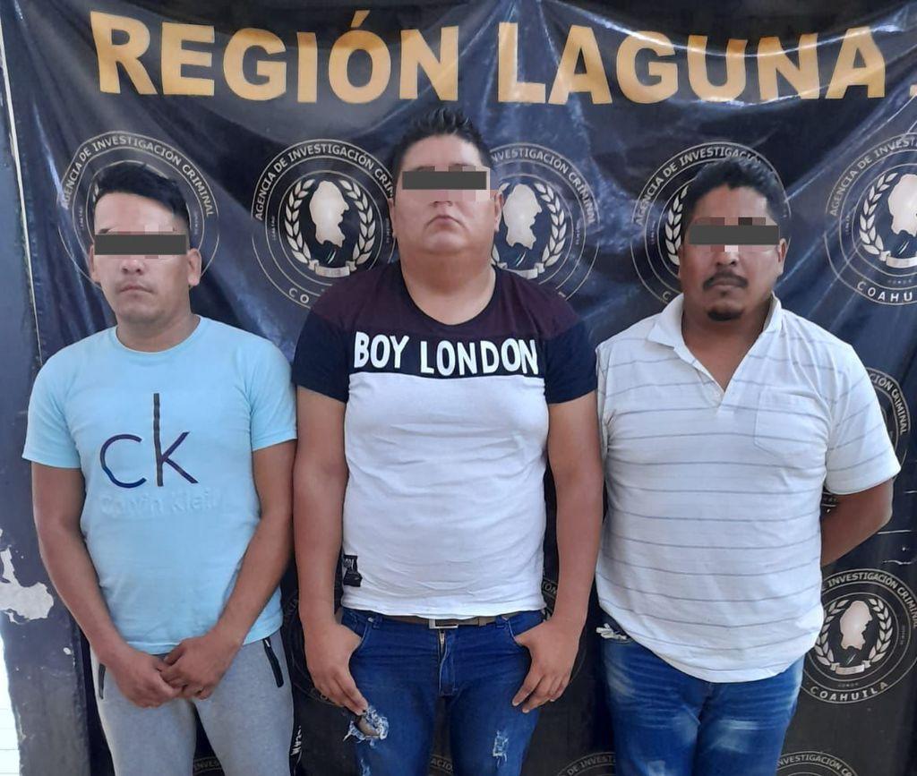 Arrestan a 3 por robo a joyería