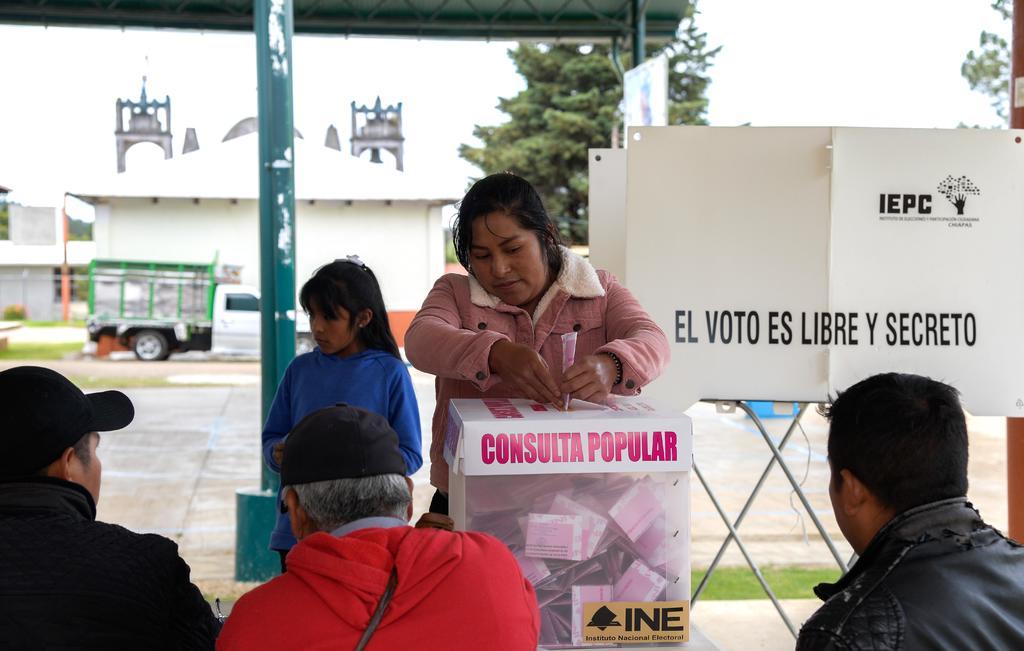 Gana el 'Sí' en Consulta Popular; registra poca participación