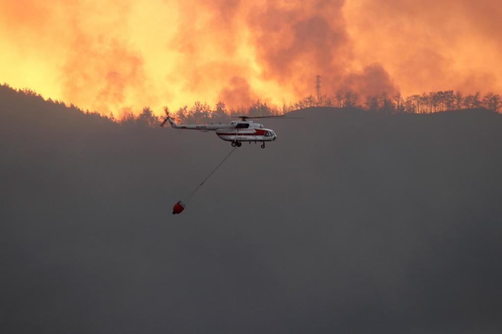 Turquía lucha contra incendios; espera hidroaviones españoles