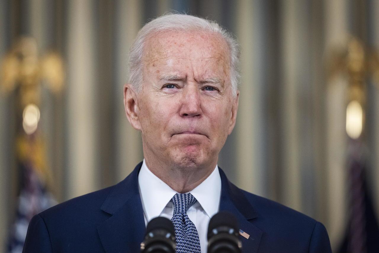 Aprobación de Joe Biden cae al 44 % por manejo del retiro de tropas de Afganistán