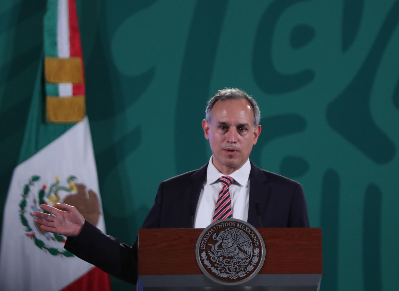 Por cuarta semana consecutiva se mantiene y acelera la reducción de casos en México: López-Gatell