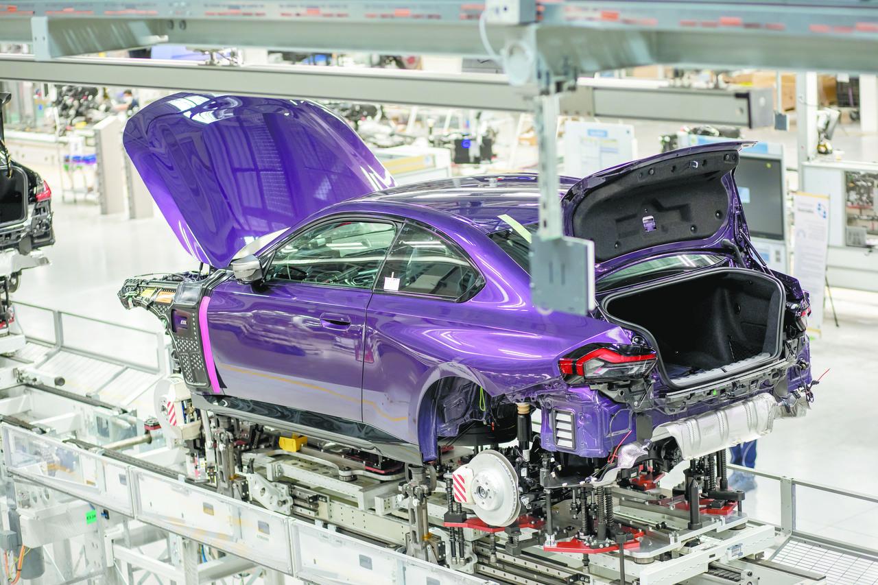 Producción industrial aumentó 10% entre enero y julio