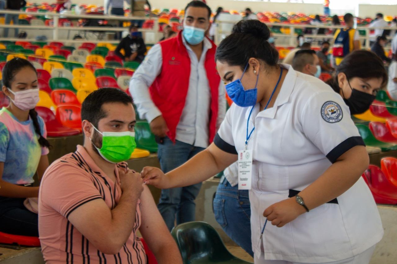 Piden responsabilidad a vacunados en Durango