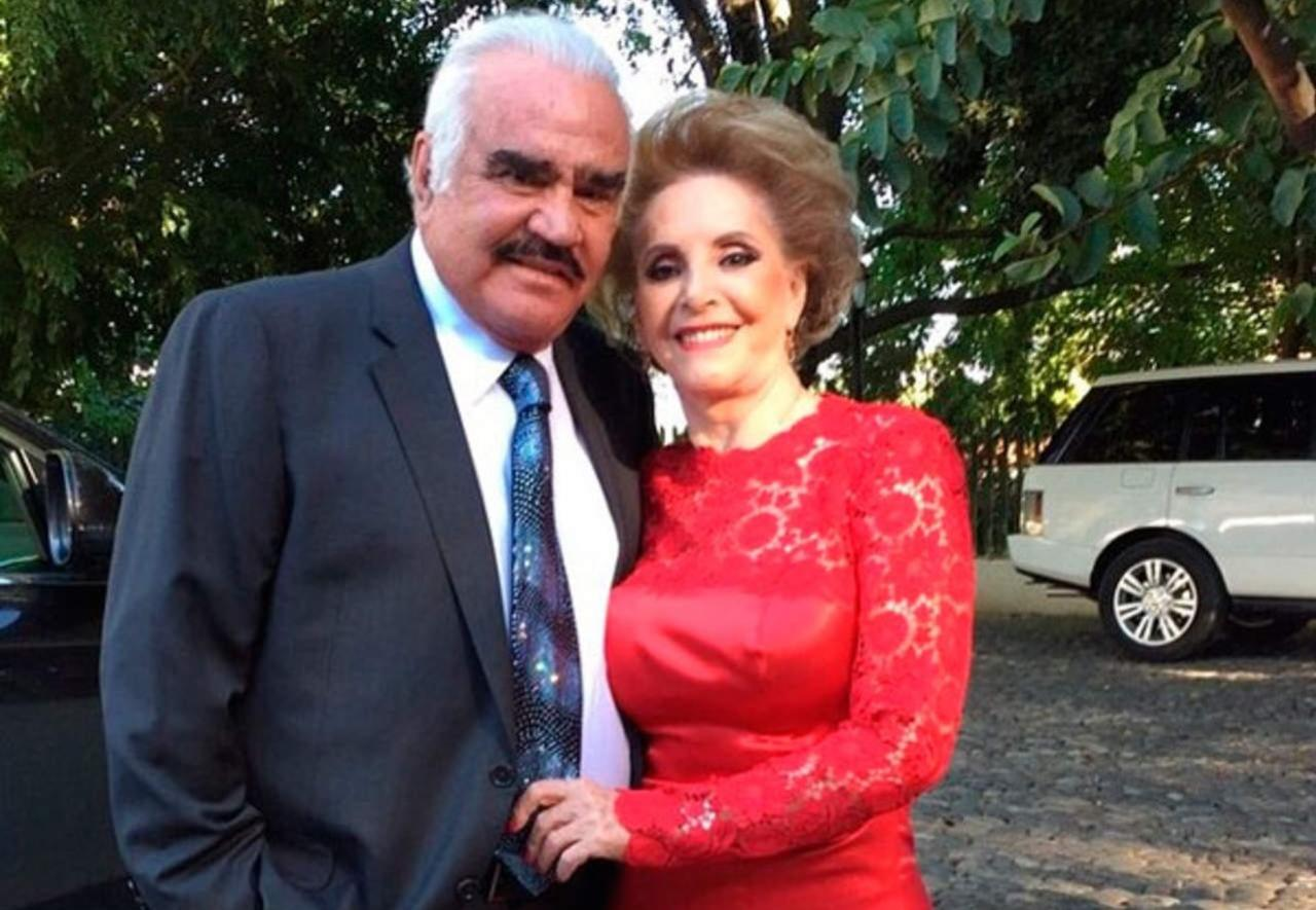 Doña Cuquita, esposa de Vicente Fernández, es hospitalizada de emergencia