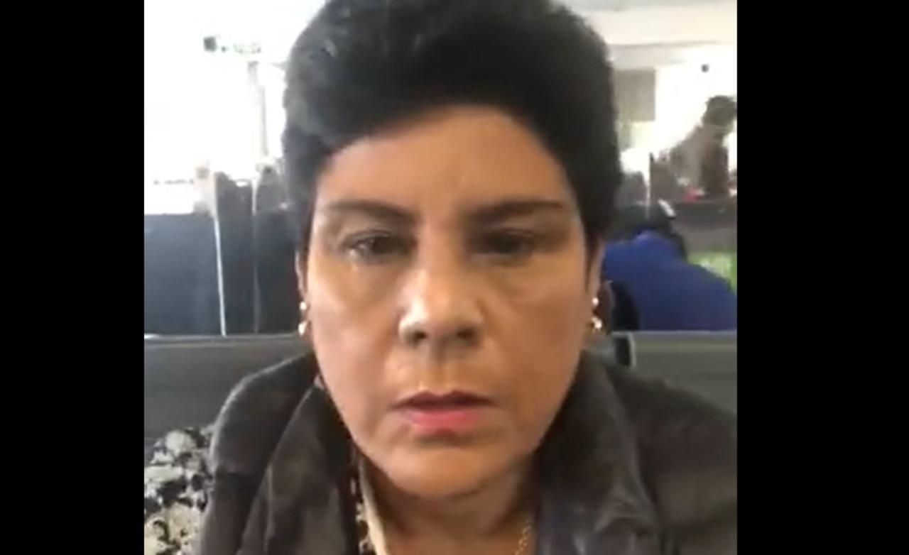 Congresista es captada entrando a la ducha en plena sesión virtual de Perú
