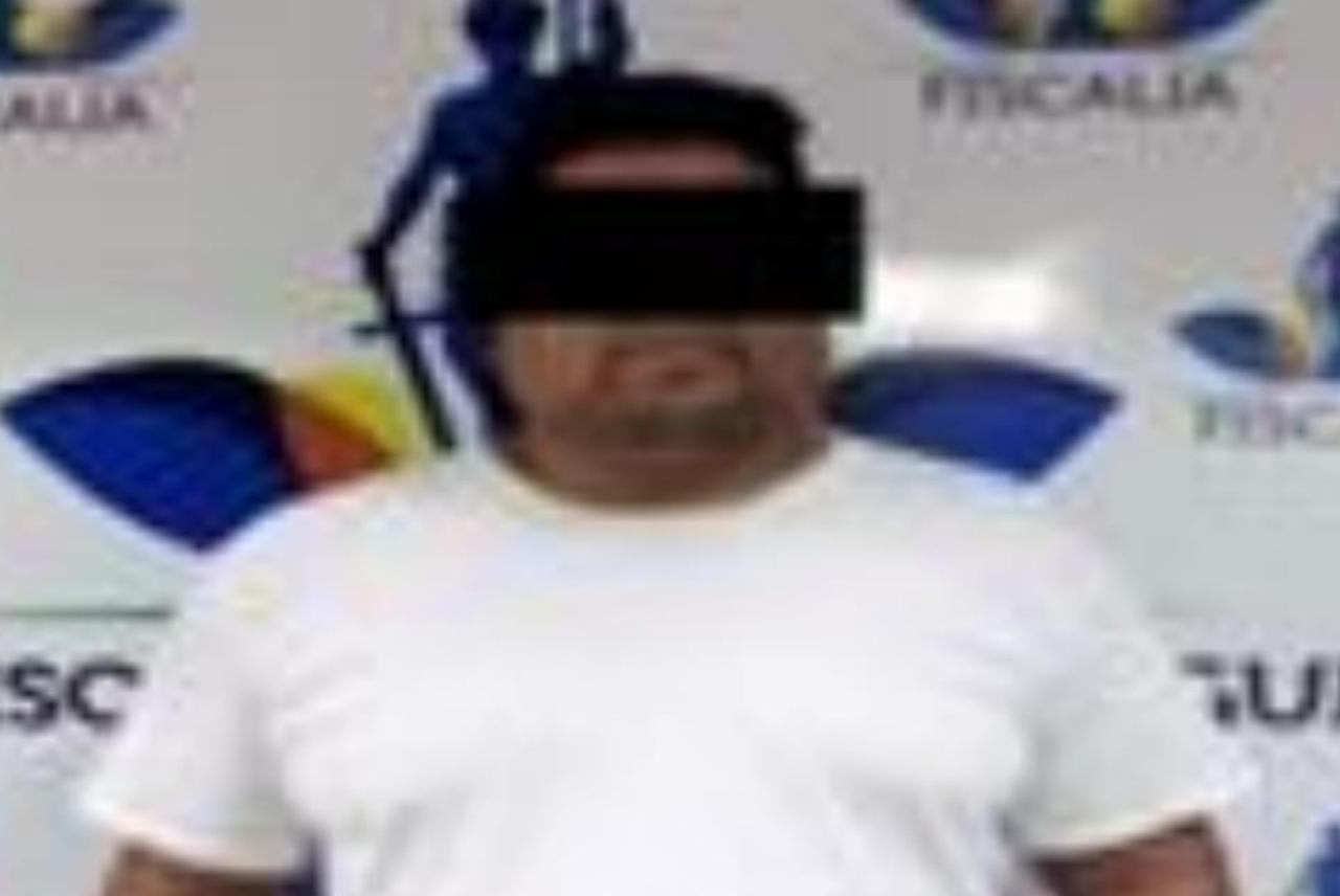 Taxista agrede a su esposa en público; fue detenido tras chocar con camión de transporte en Gómez Palacio