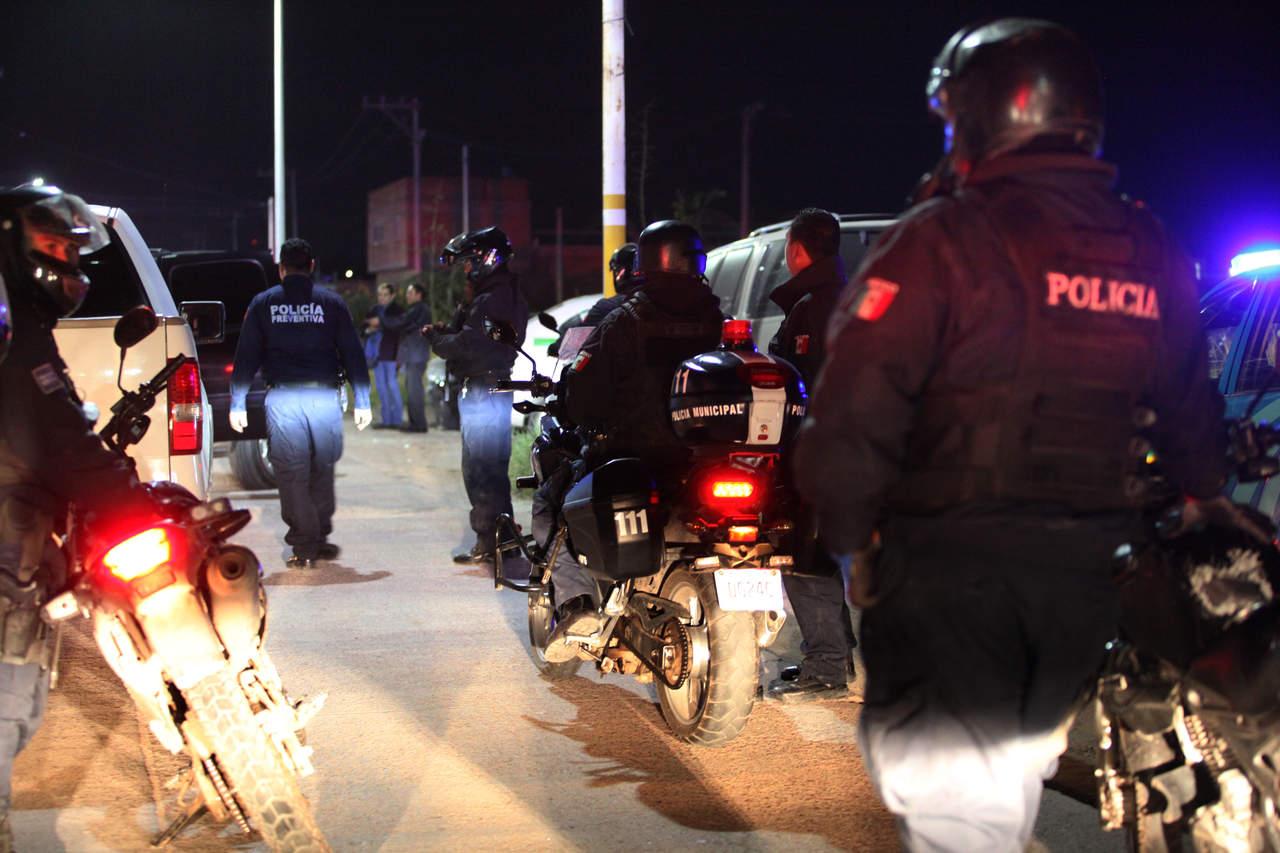 Agreden a policías municipales en la Máximo Gámiz
