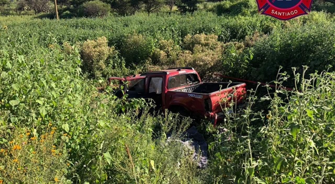 Volcadura cerca del poblado Chinacates deja 5 personas sin vida