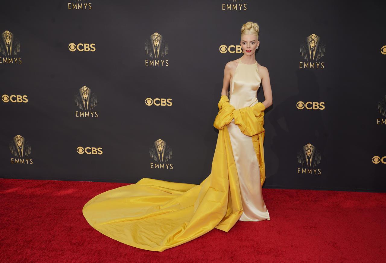 Se llevan a cabo los Emmy Awards 2021 con un destello de normalidad