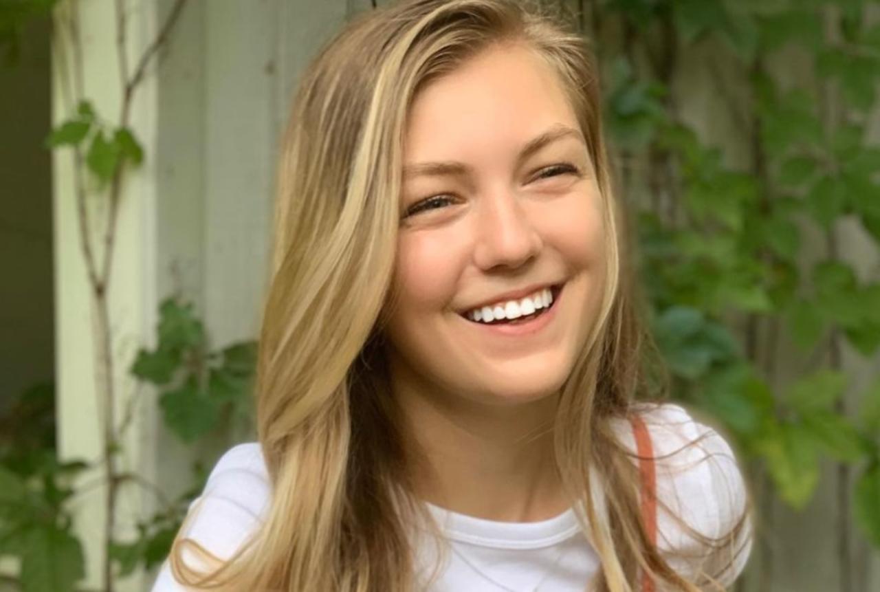 Policía de EUA localizan cuerpo que corresponde a la descripción de Gabby Petito