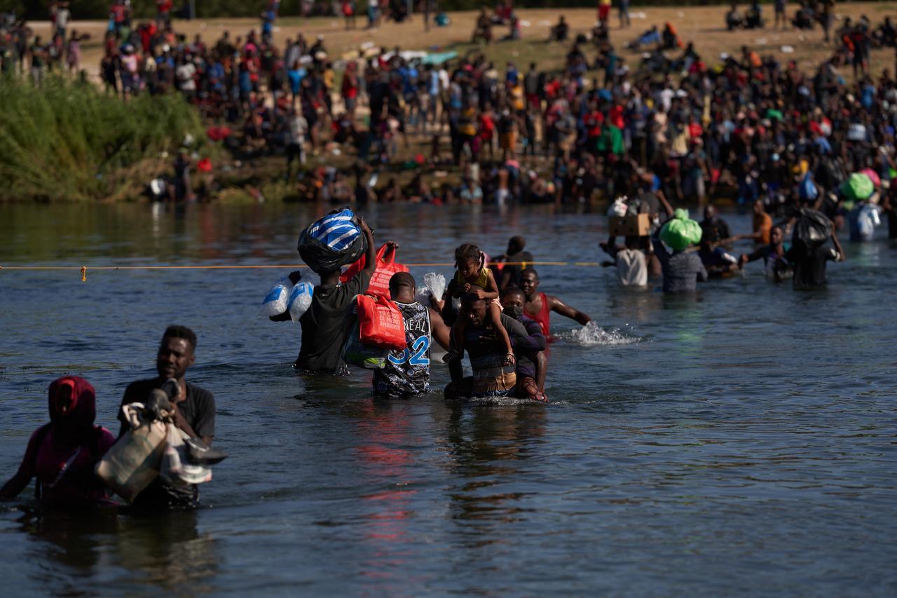 Estados Unidos advierte a haitianos que serán devueltos si llegan ilegalmente al país