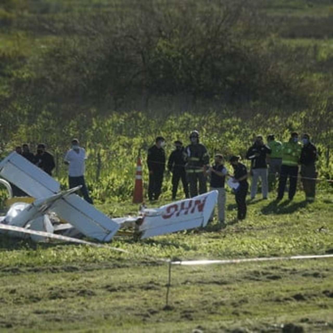 Avionazo deja 2 muertos