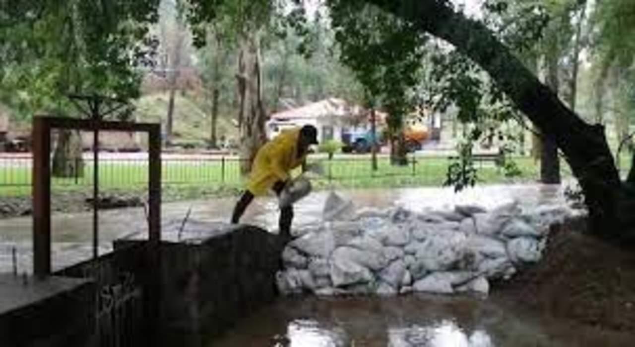 Cierran parques Guadiana y Sahuatoba, por lluvias en Durango