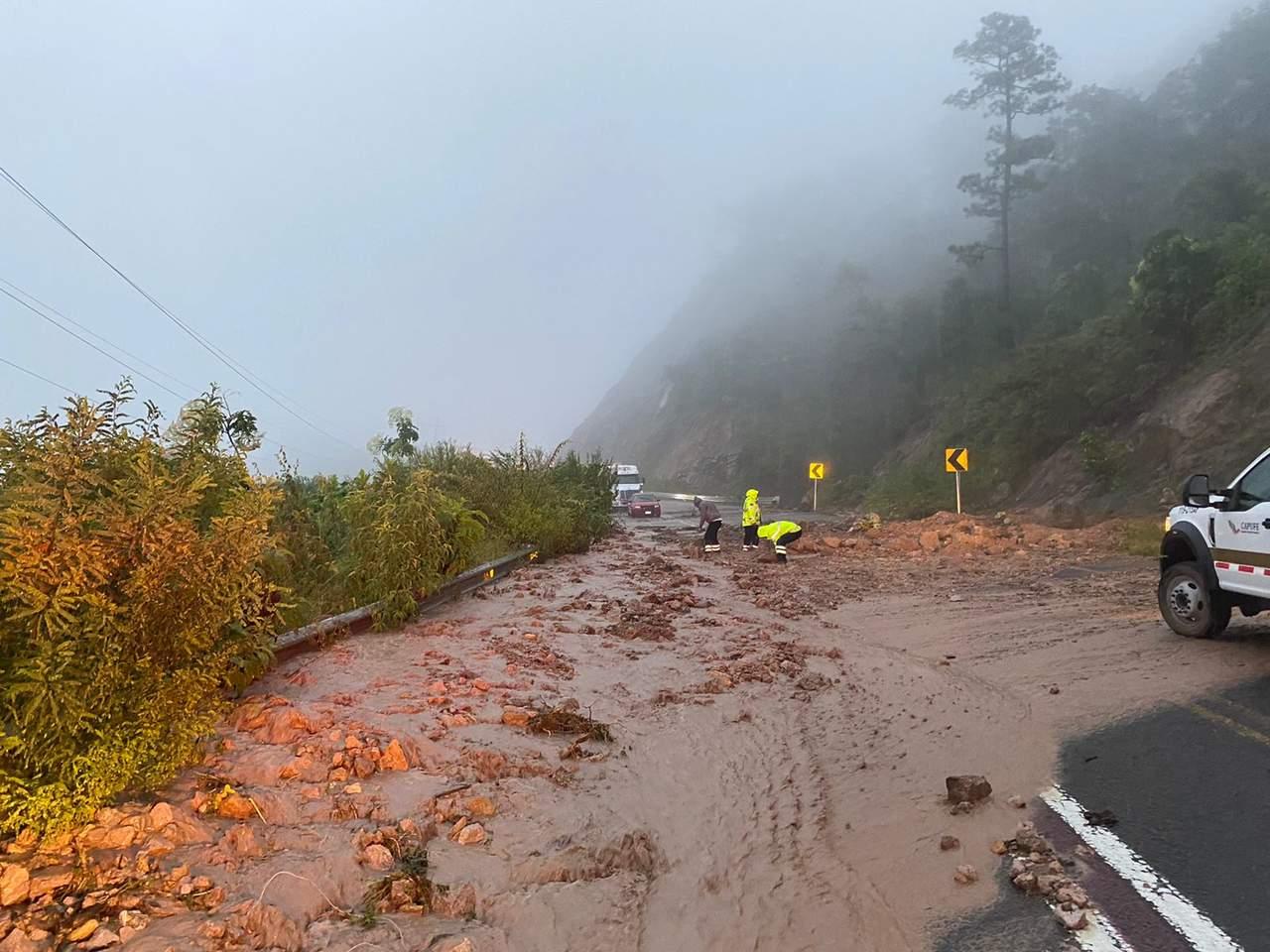 Supercarretera Durango-Mazatlán está cerrada, detalla Capufe