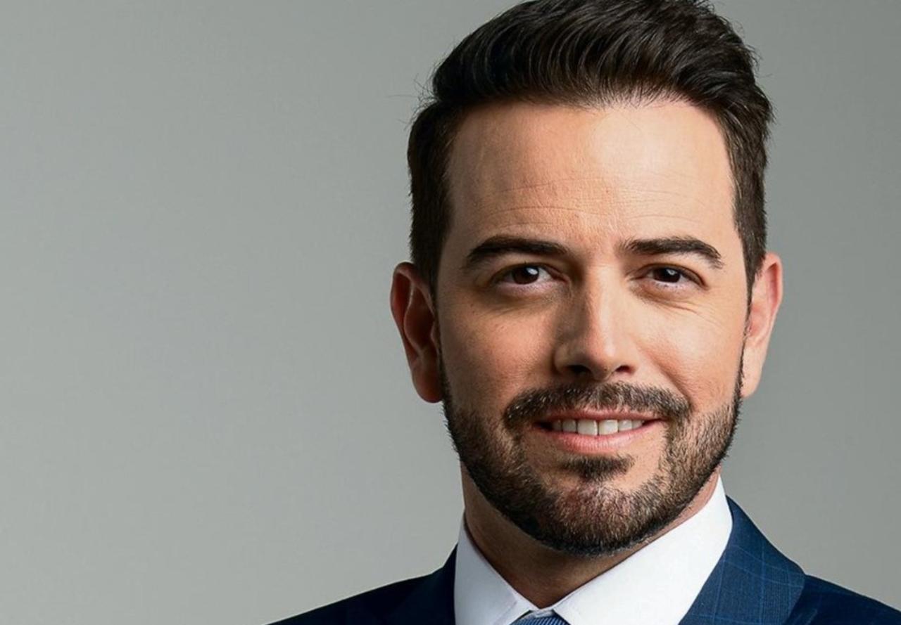Juan Gabriel y Mane de la Parra se unen 'Olé México'